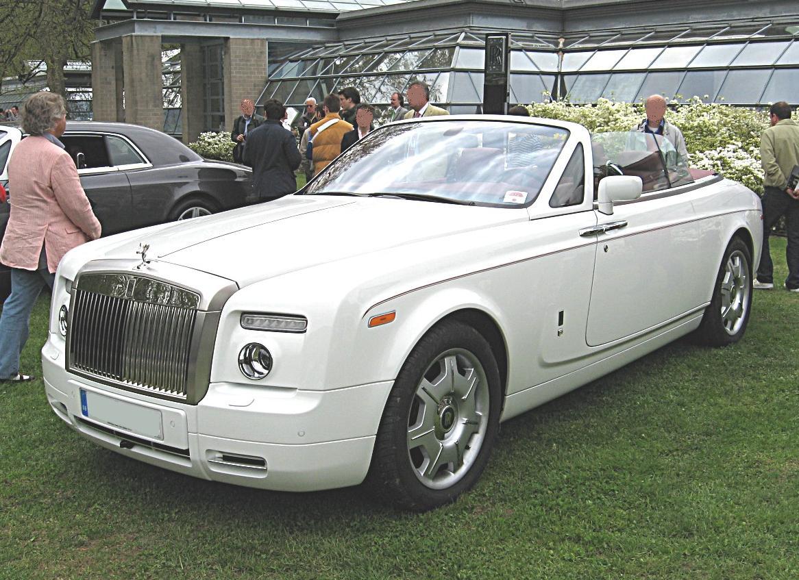 2009 RollsRoyce Phantom Drophead Coupe  Information and photos