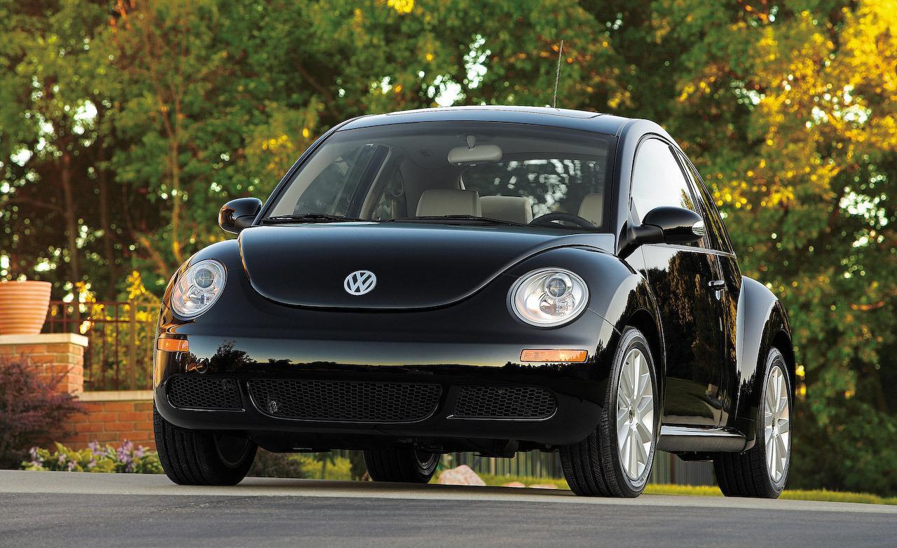 2009 Volkswagen New Beetle Image 11