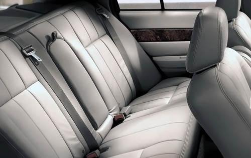 2009 Mercury Grand Marqui interior #3