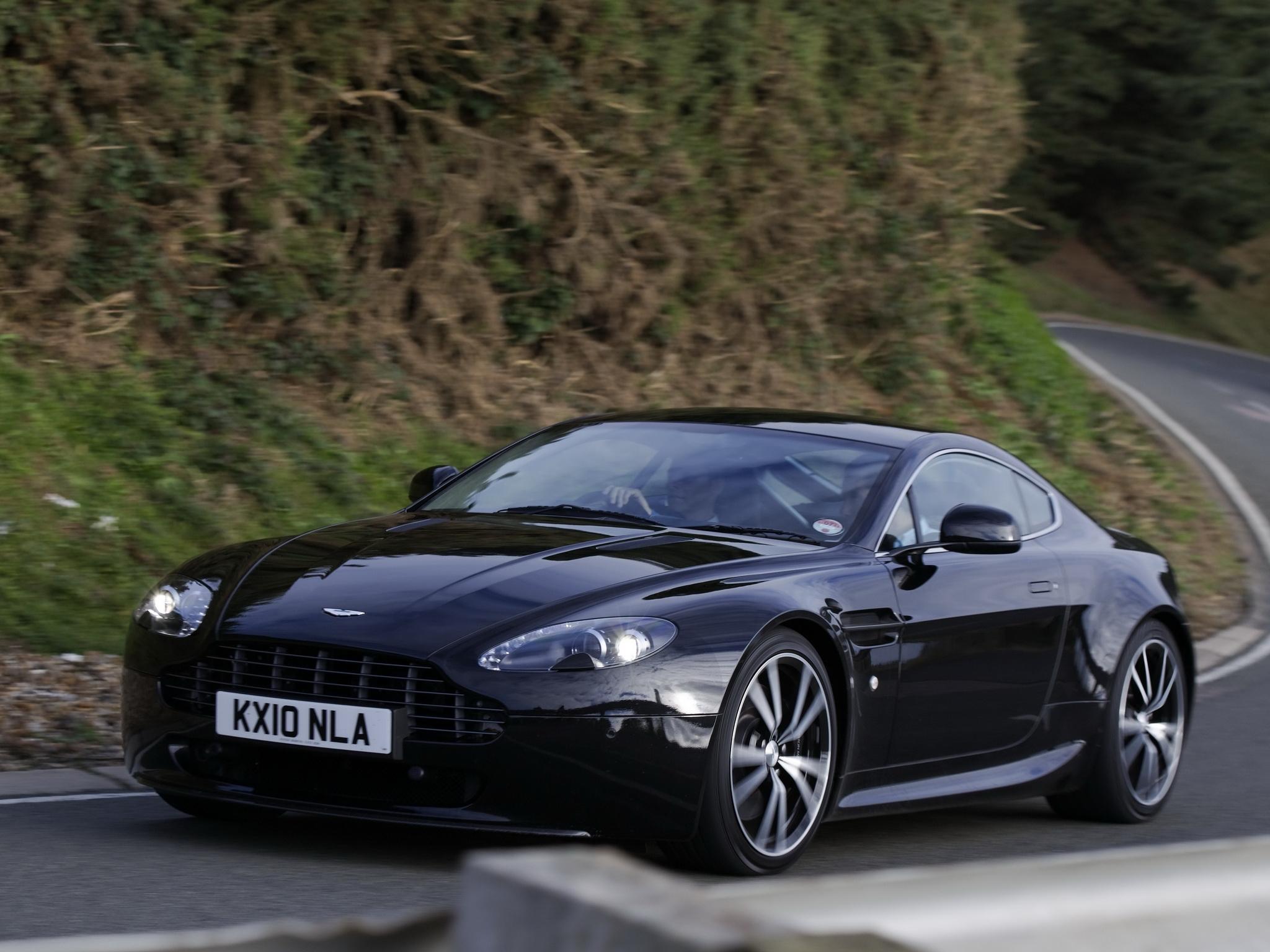 Aston Martin V Vantage Aston Martin V Vantage Overview - Aston martin cargurus