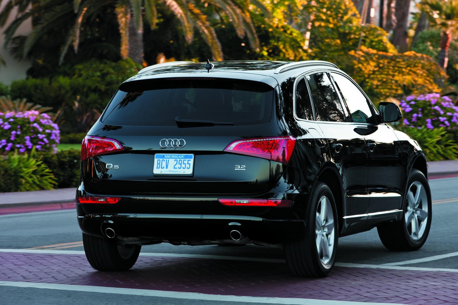 2010 Audi Q5 Image 17