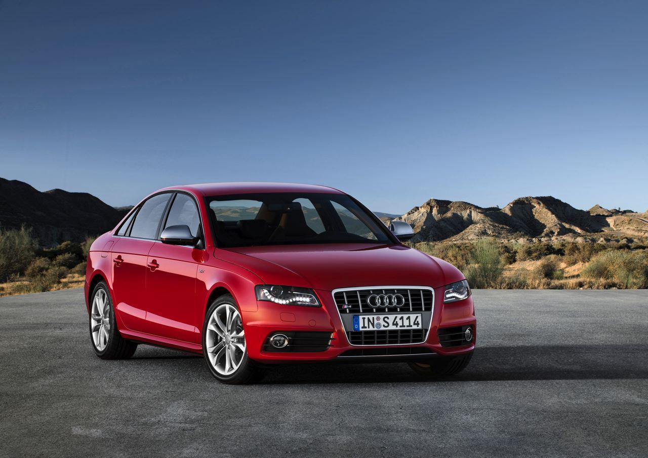 2010 Audi S4 Image 17