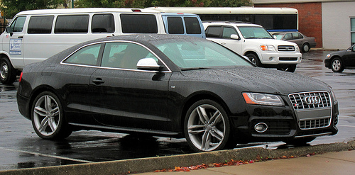 2010 Audi S5 Image 14