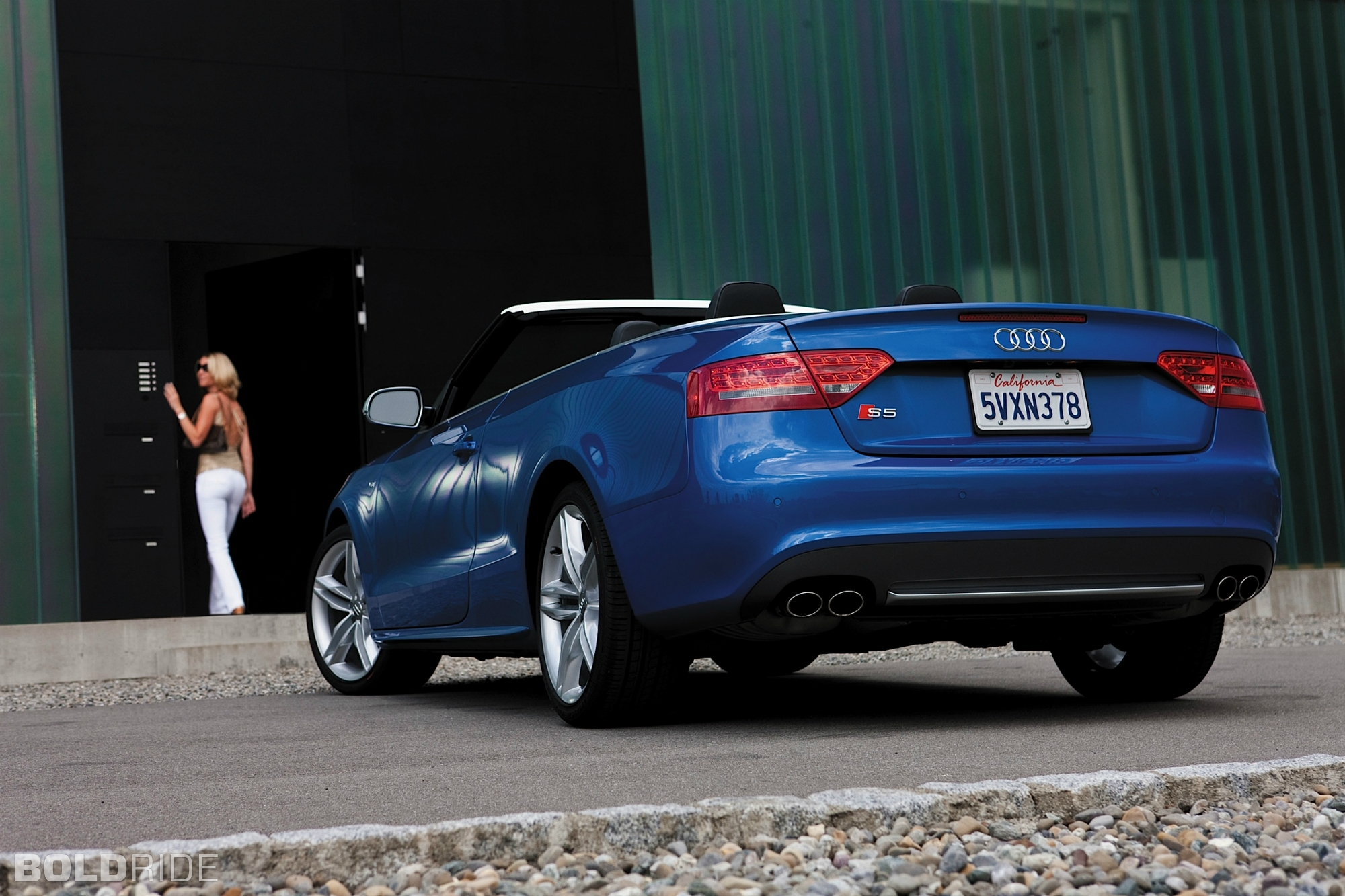 2010 Audi S5 Image 15