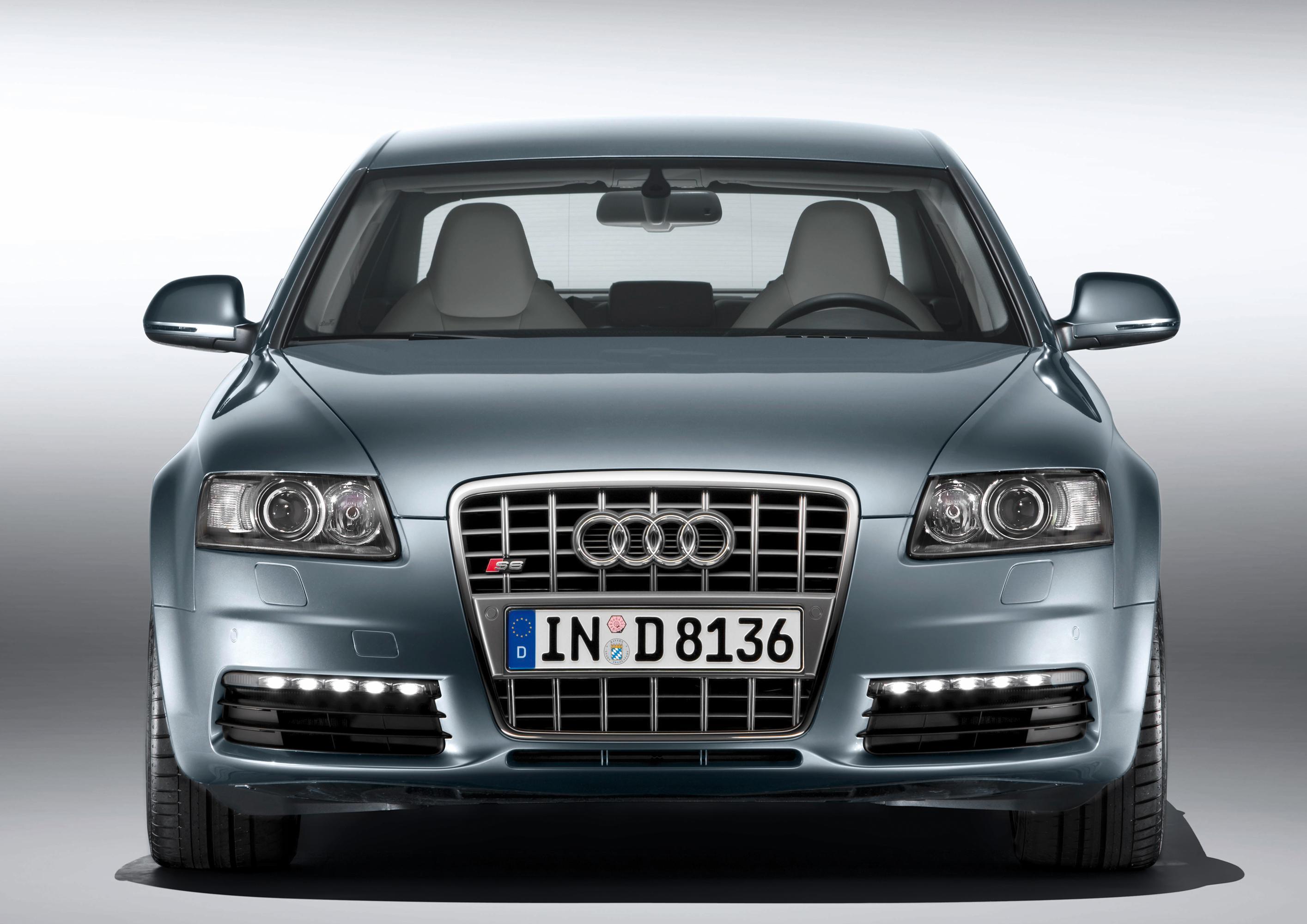 2010 Audi S6 Image 10
