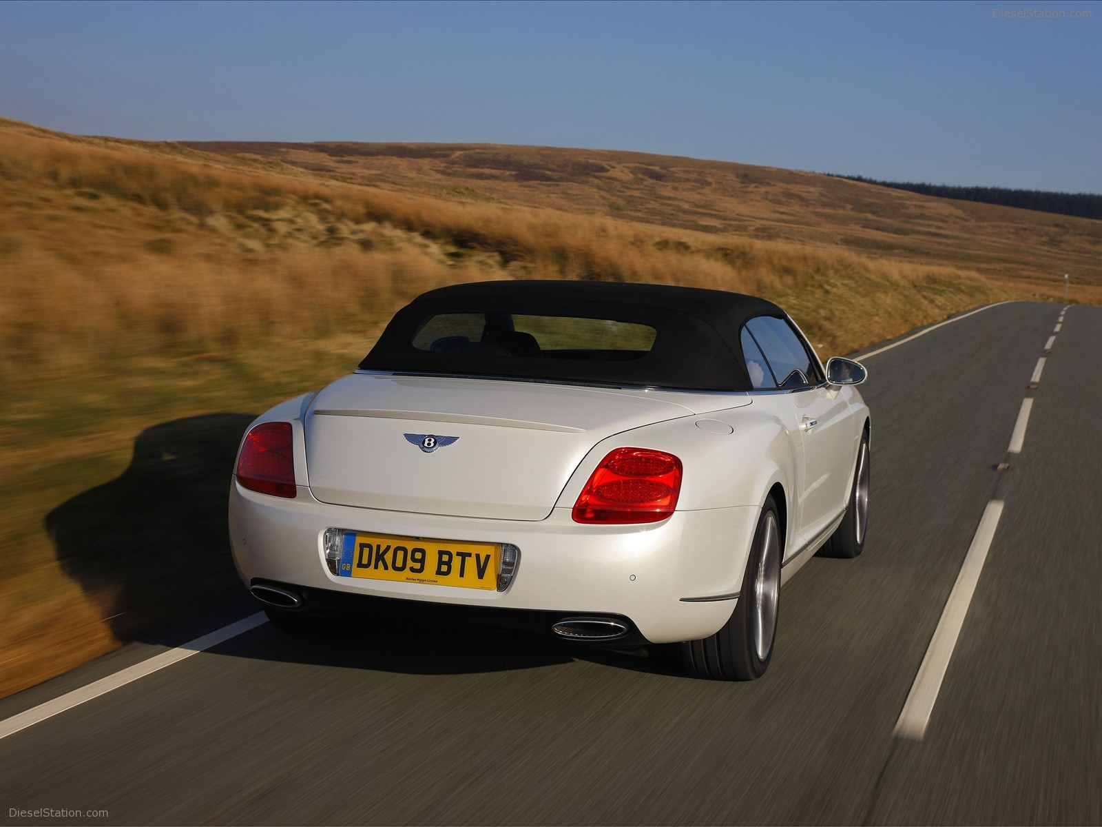 Bentley Continental GTC #15