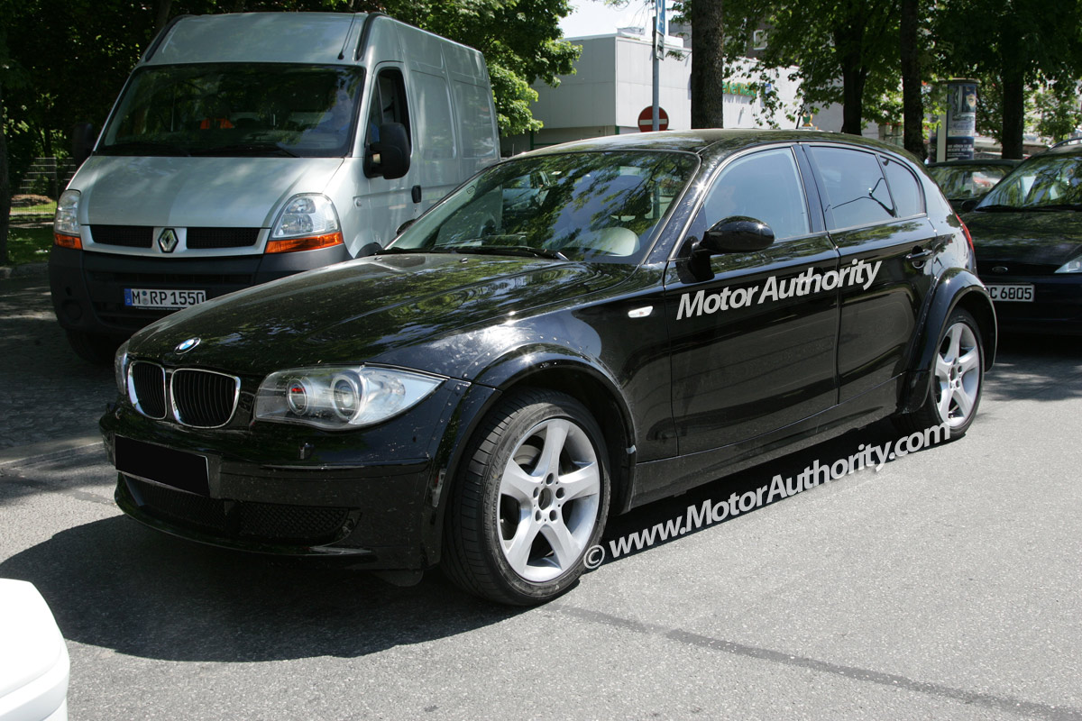 2010 bmw 1 series image 16. Black Bedroom Furniture Sets. Home Design Ideas