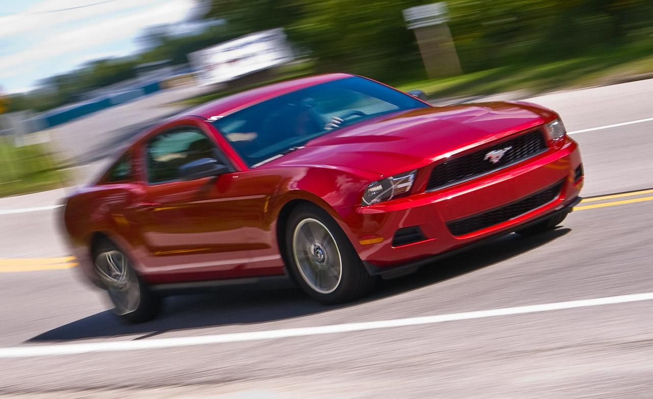 2010 Ford Mustang #17