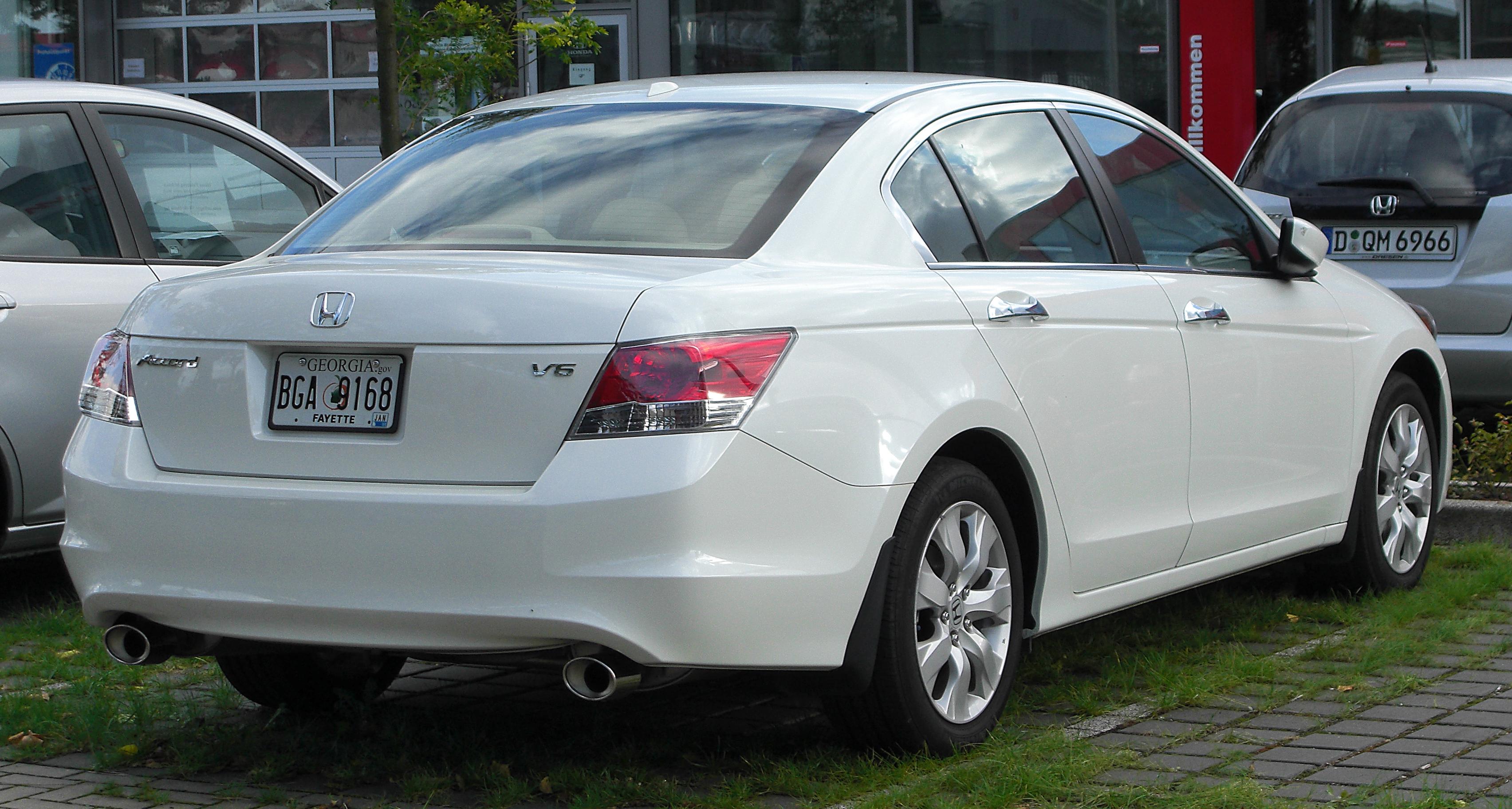 2010 Honda Accord Image 14
