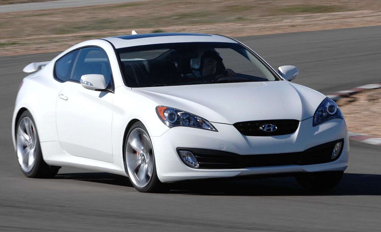 2010 Hyundai Genesis Image 21