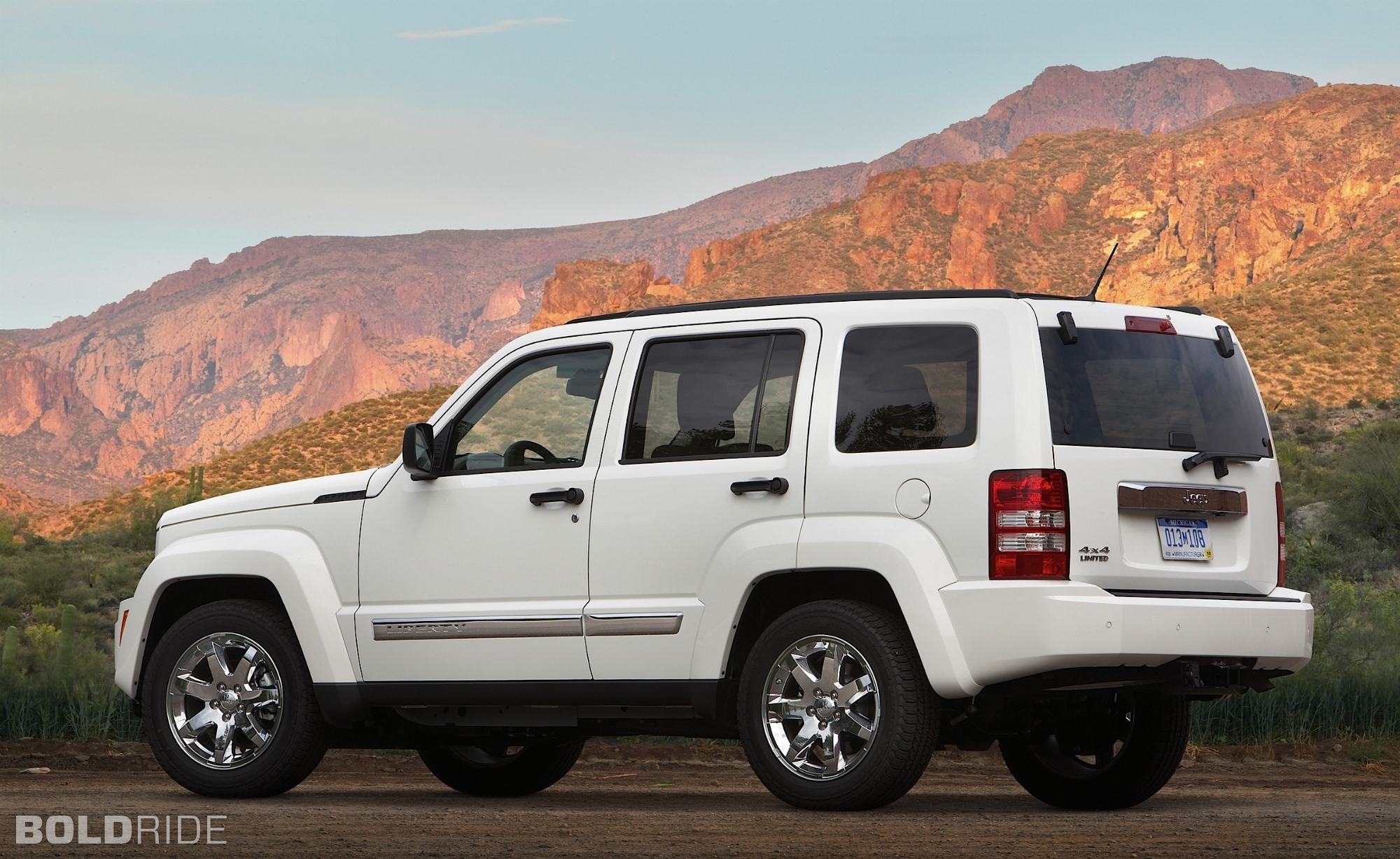 2010 jeep liberty - information and photos - zombiedrive