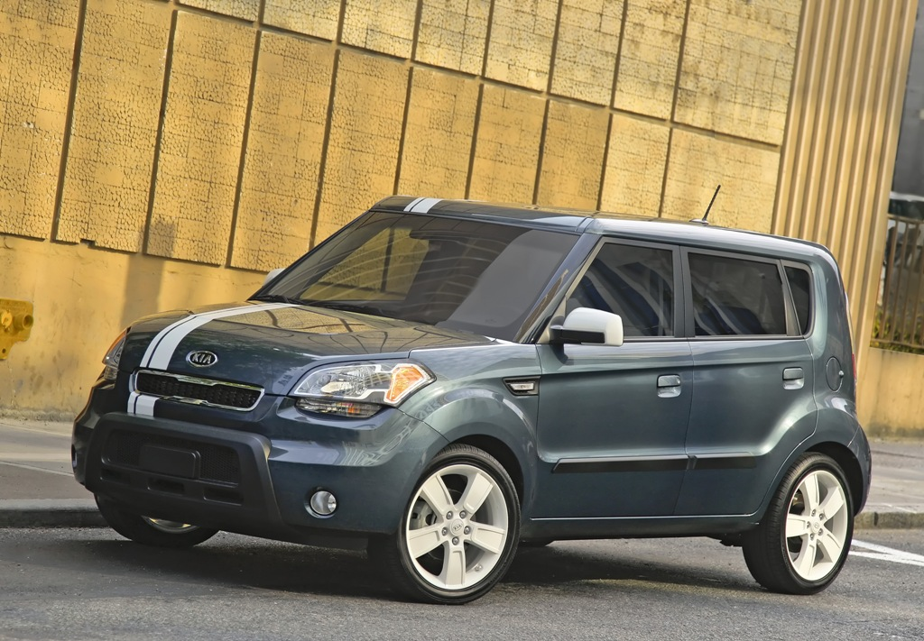 2010 kia soul information and photos zombiedrive. Black Bedroom Furniture Sets. Home Design Ideas