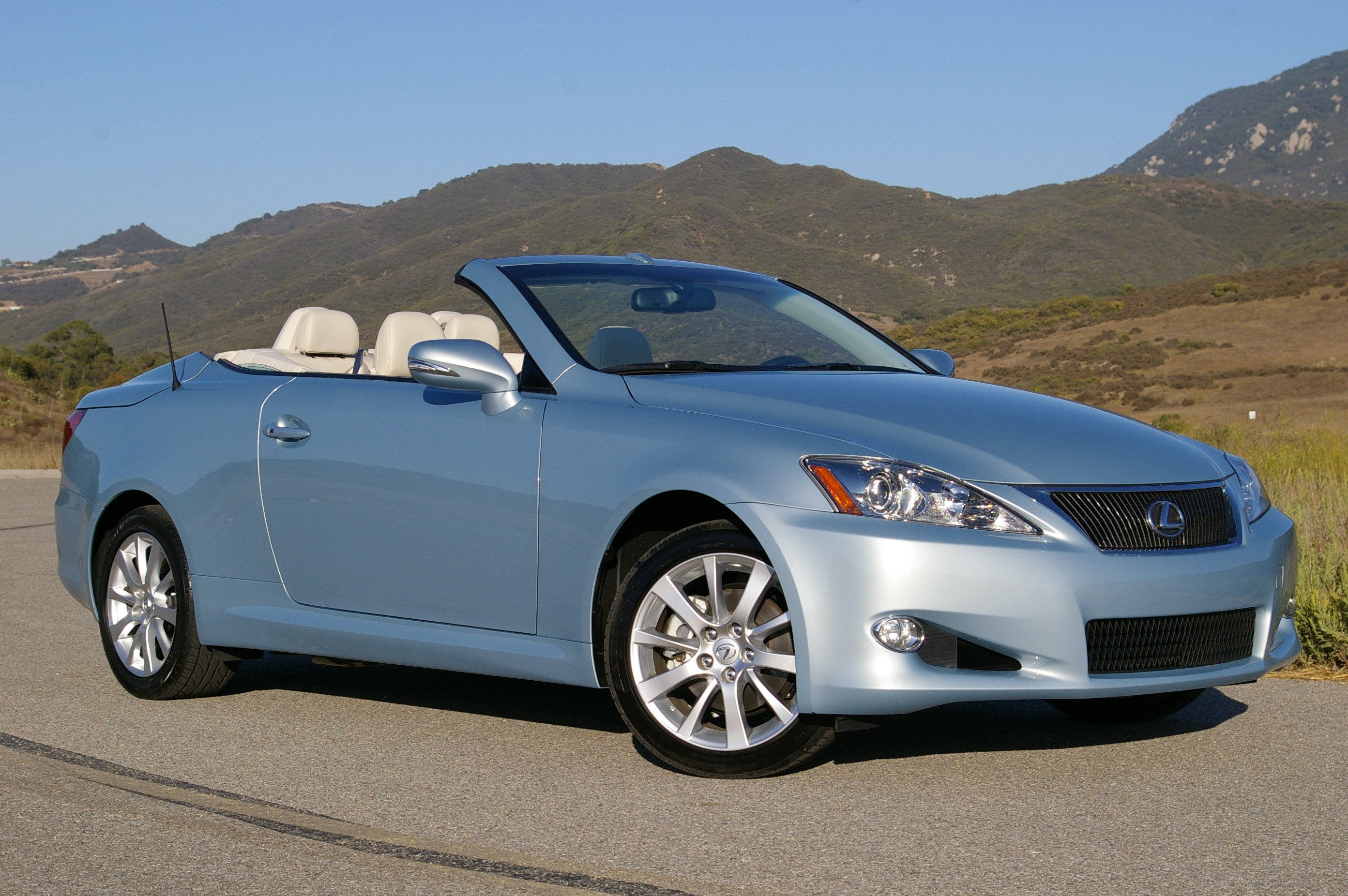 Lexus IS 250 C #13
