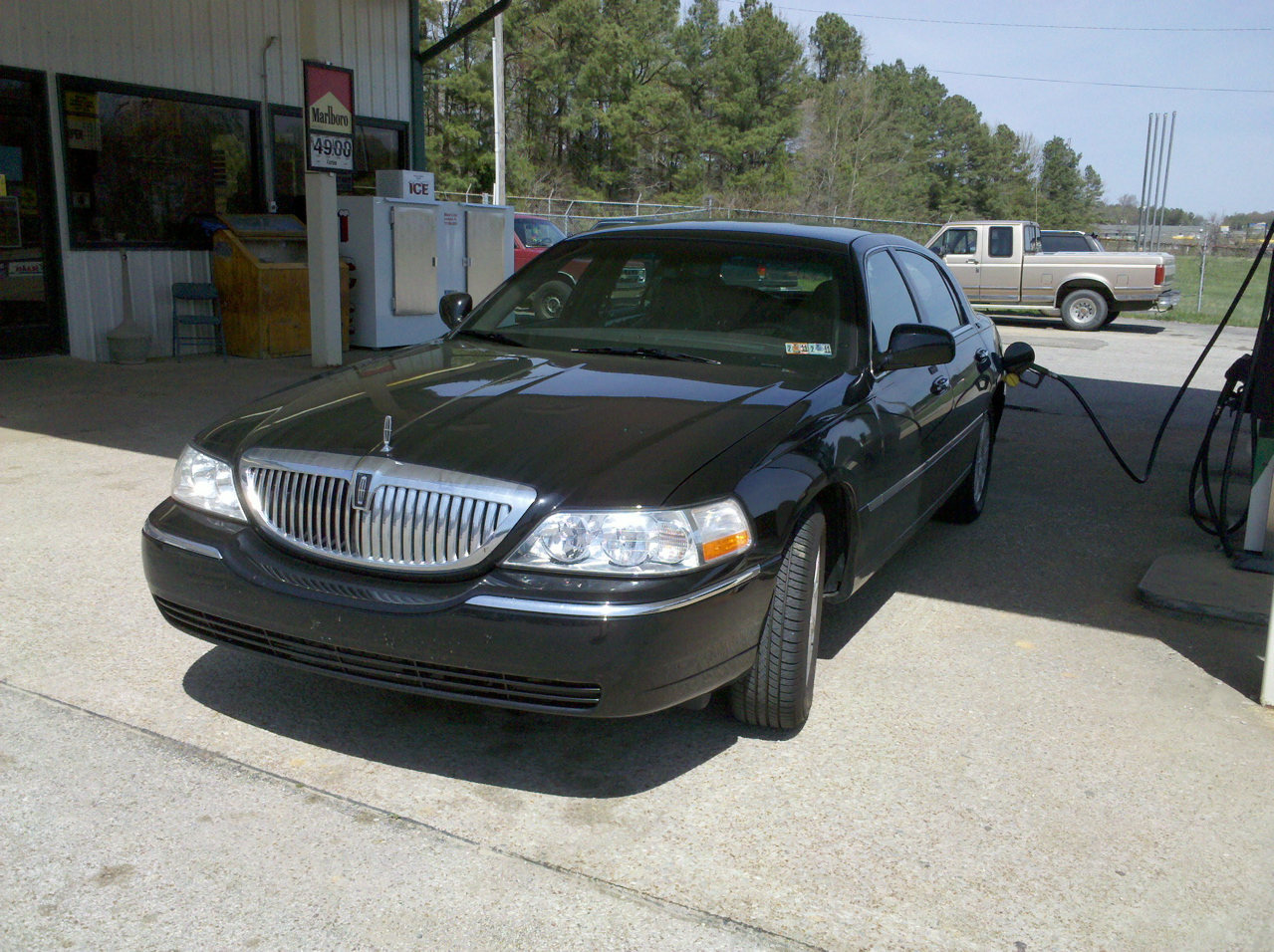 2010 Lincoln Town Car Image 12
