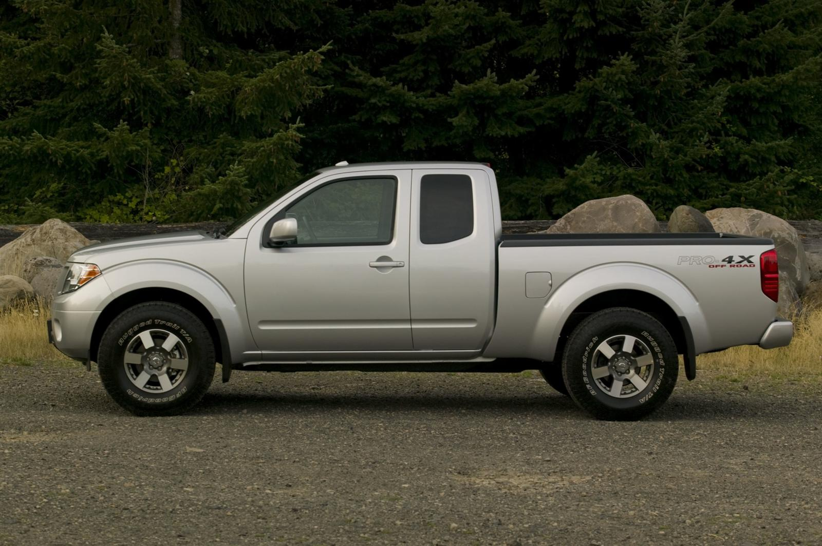 2010 nissan frontier information and photos zombiedrive 2010 nissan frontier 11 nissan frontier 11 vanachro Choice Image