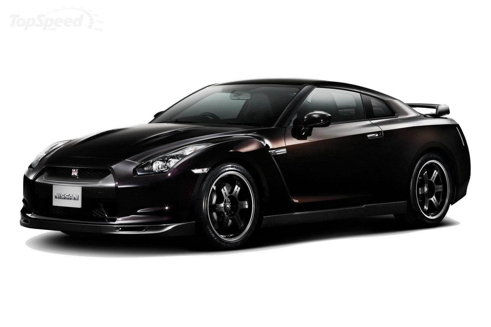 Nissan GT-R  11