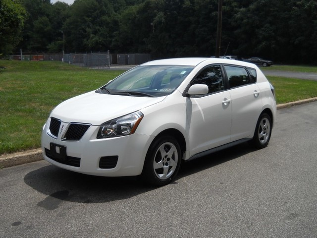 2010 Pontiac vibe – The most shining vehicle in market #16