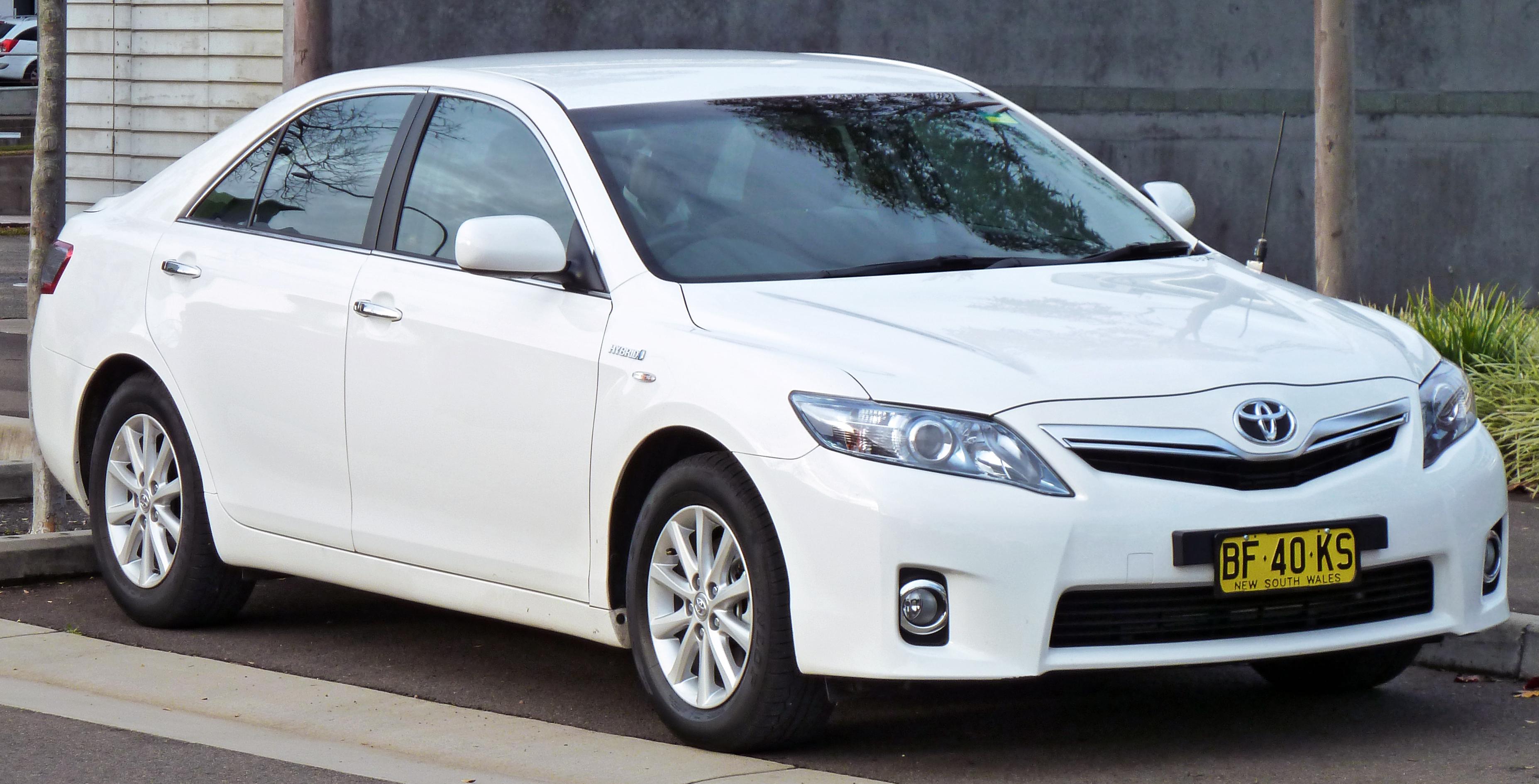 2010 Toyota Camry Hybrid 14