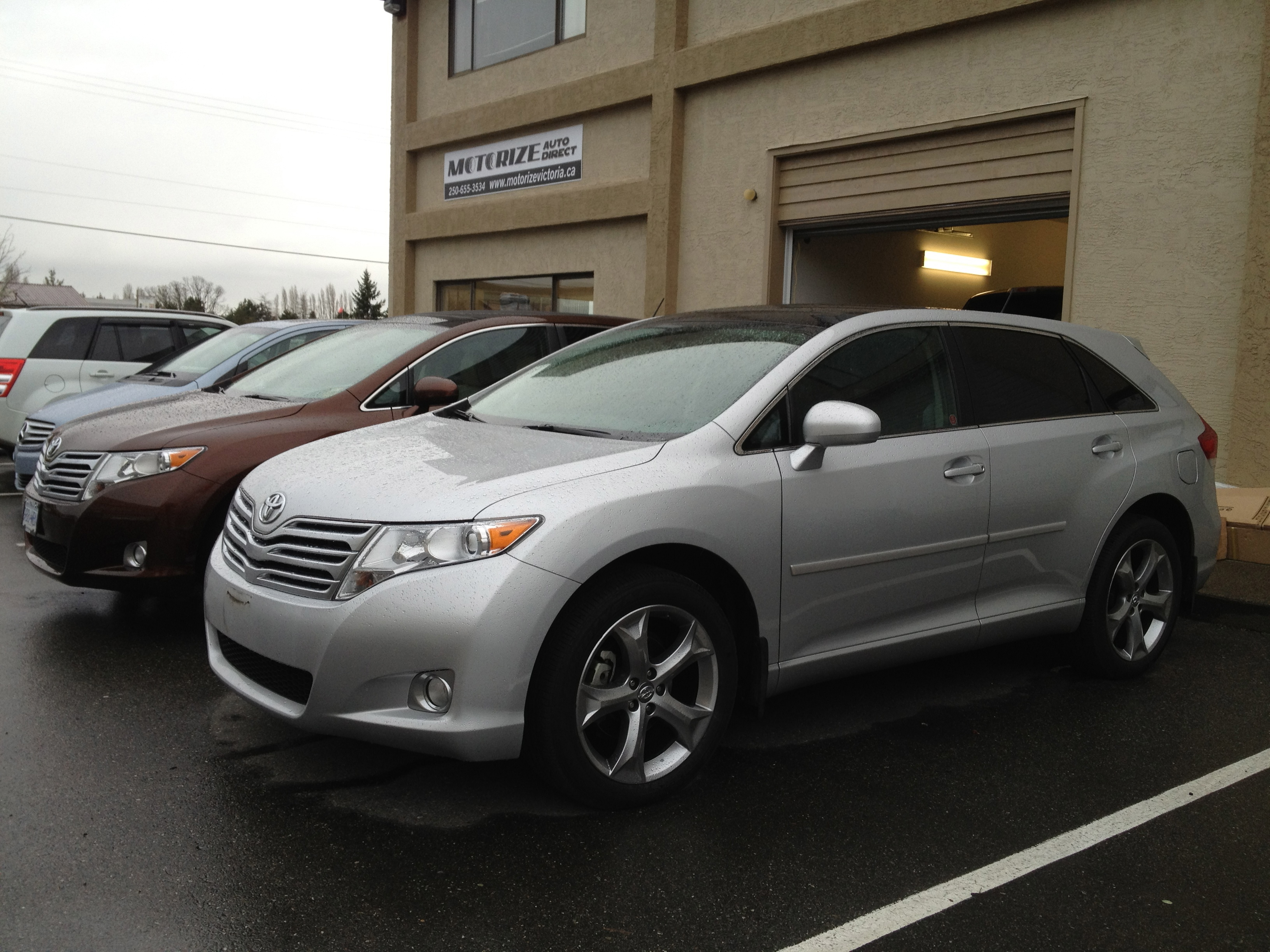 toyota interior fwd venza full dem spot listings front