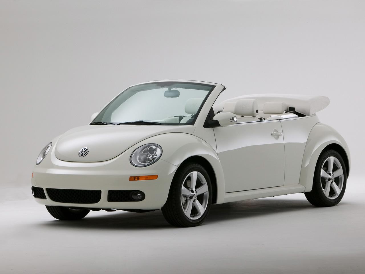 2010 volkswagen new beetle image 11. Black Bedroom Furniture Sets. Home Design Ideas