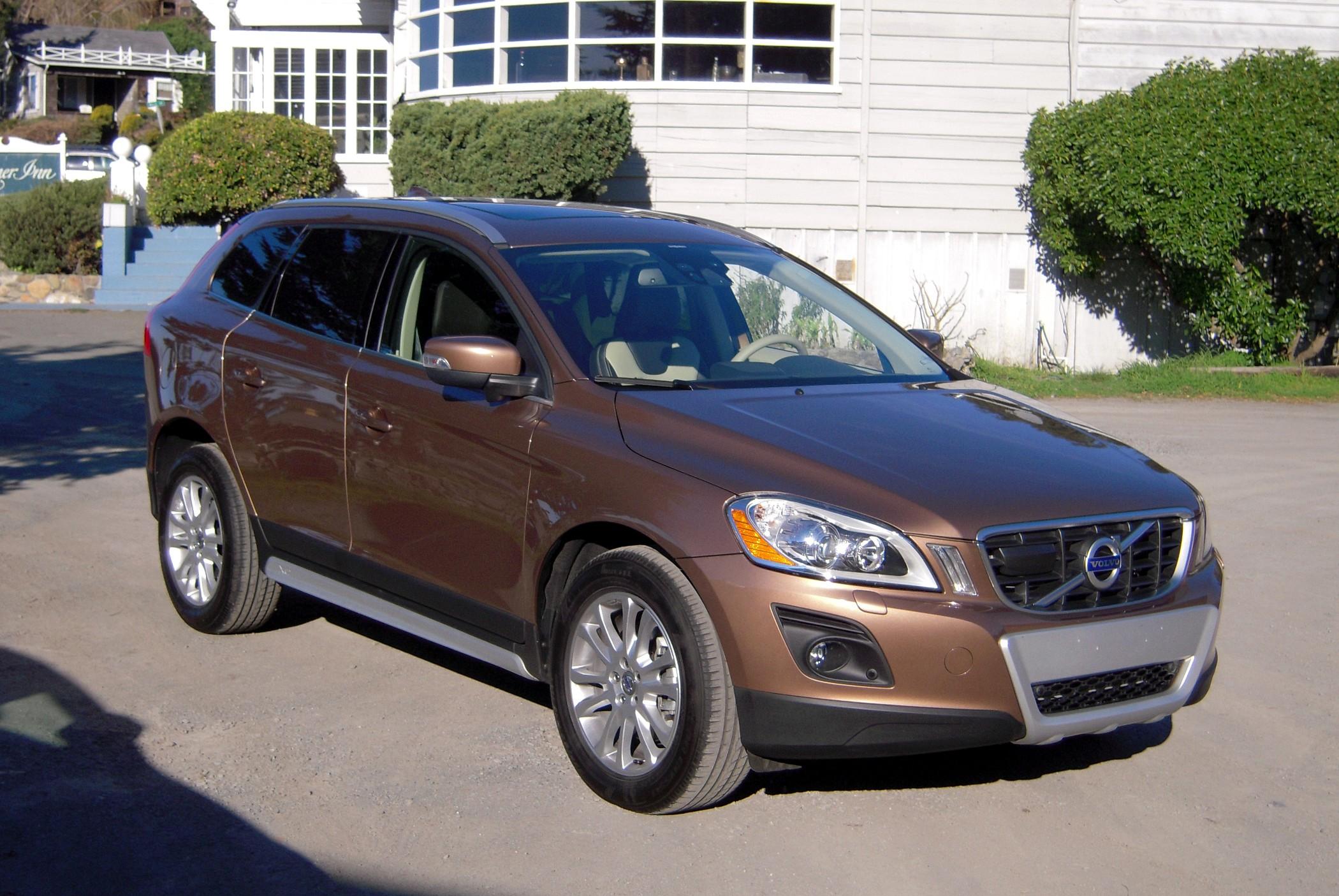 2010 Volvo Xc60 Image 10