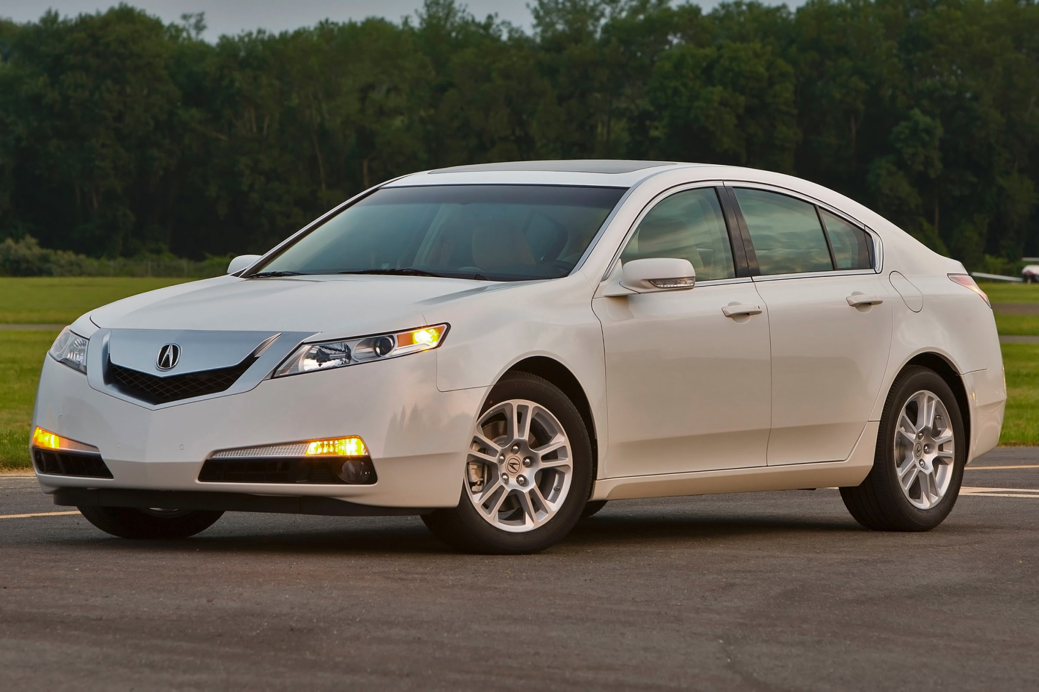 2011 Acura TL Sedan Engin exterior #8