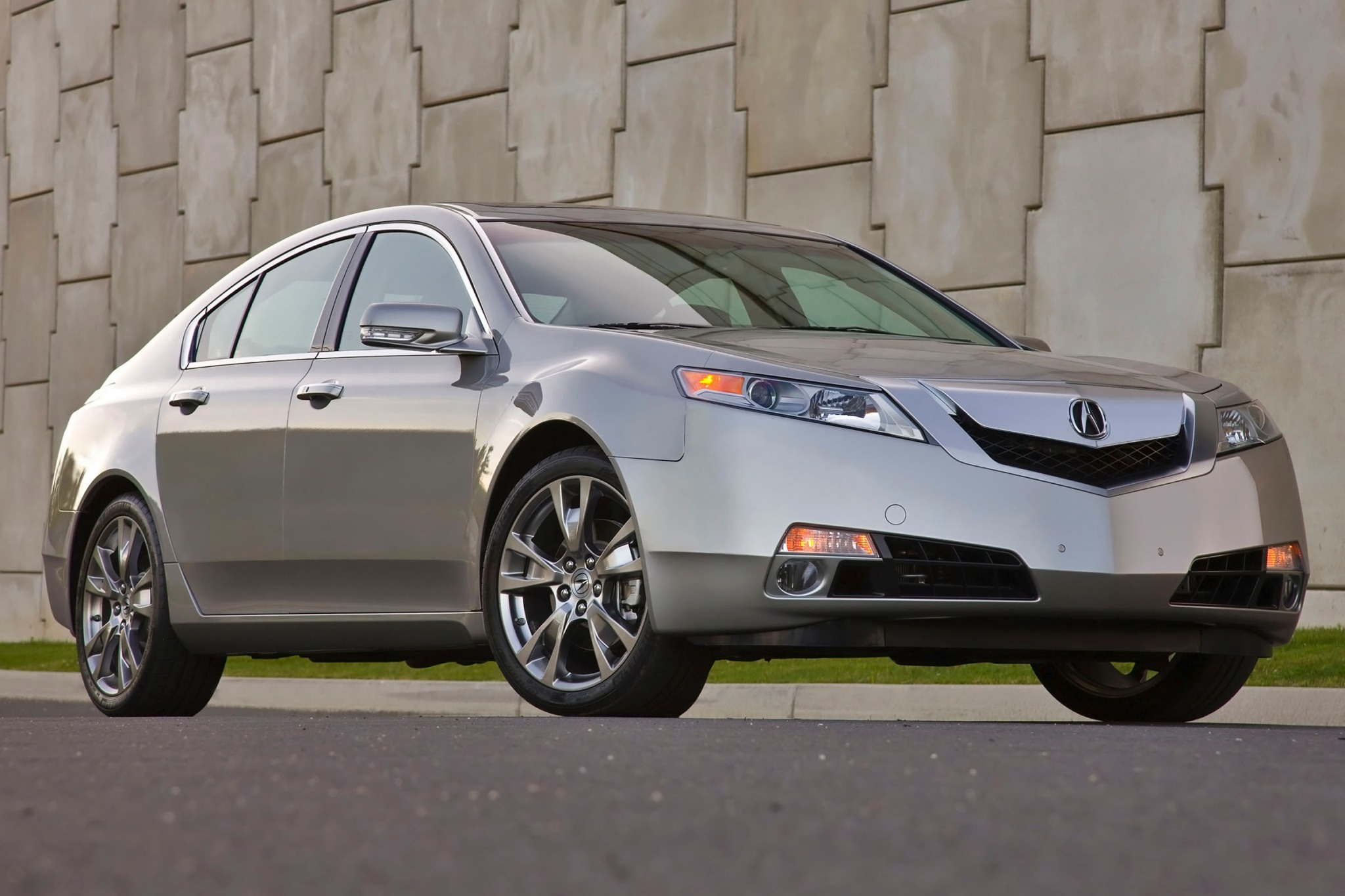 2011 Acura TL Sedan Engin exterior #10