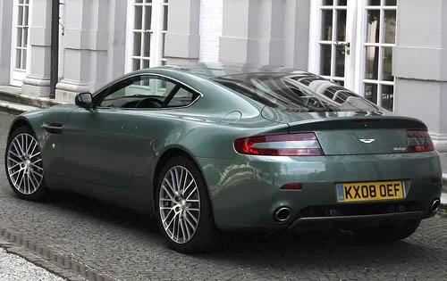 2010 Aston Martin V8 Vantage - Information and photos - ZombieDrive