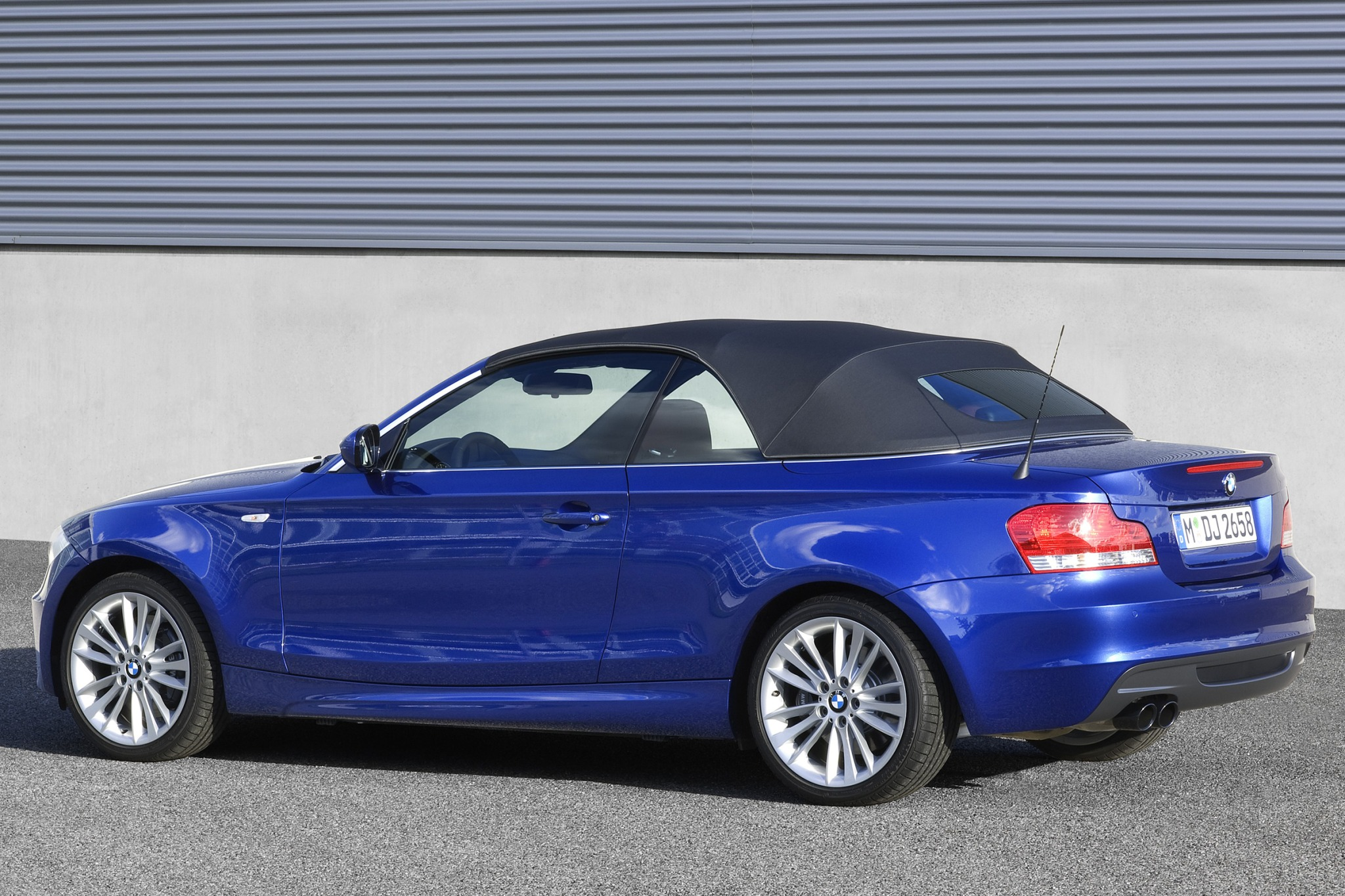 2010 BMW 1 Series 135i Co exterior #7