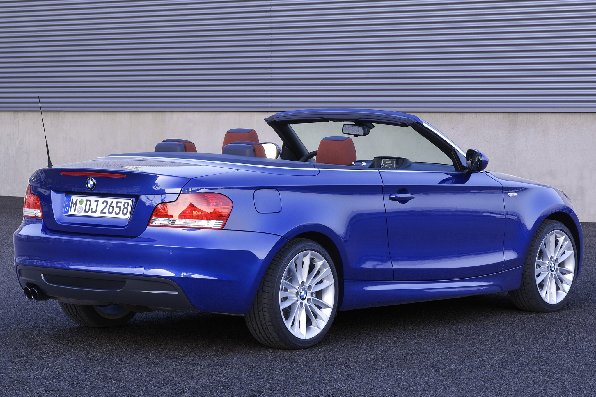 2010 Bmw 1 Series Image 6