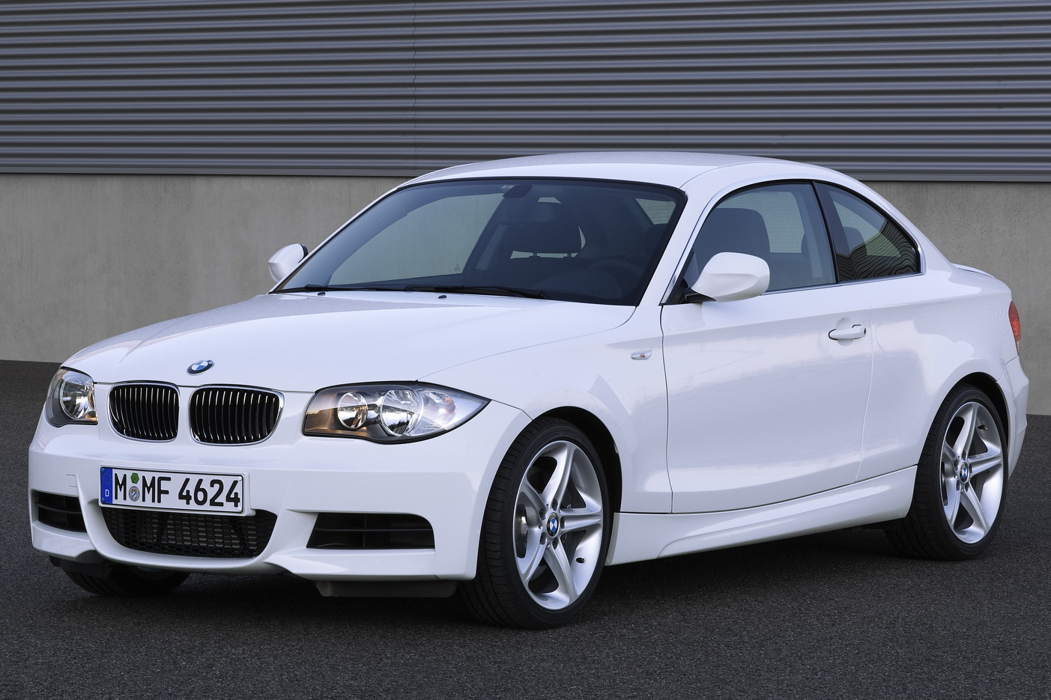 2010 BMW 1 Series 135i Co exterior #1