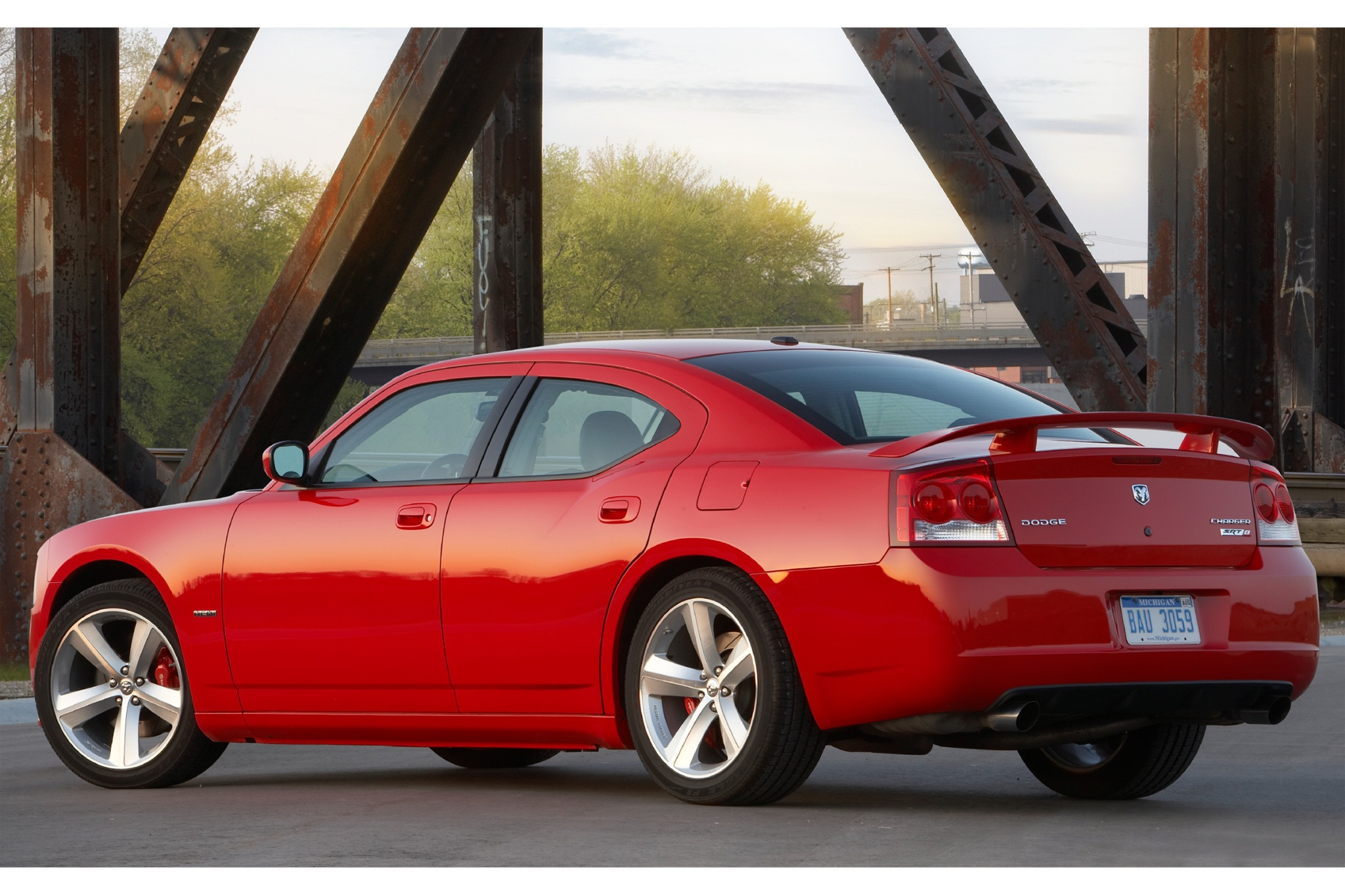2010 Dodge Charger Image 4
