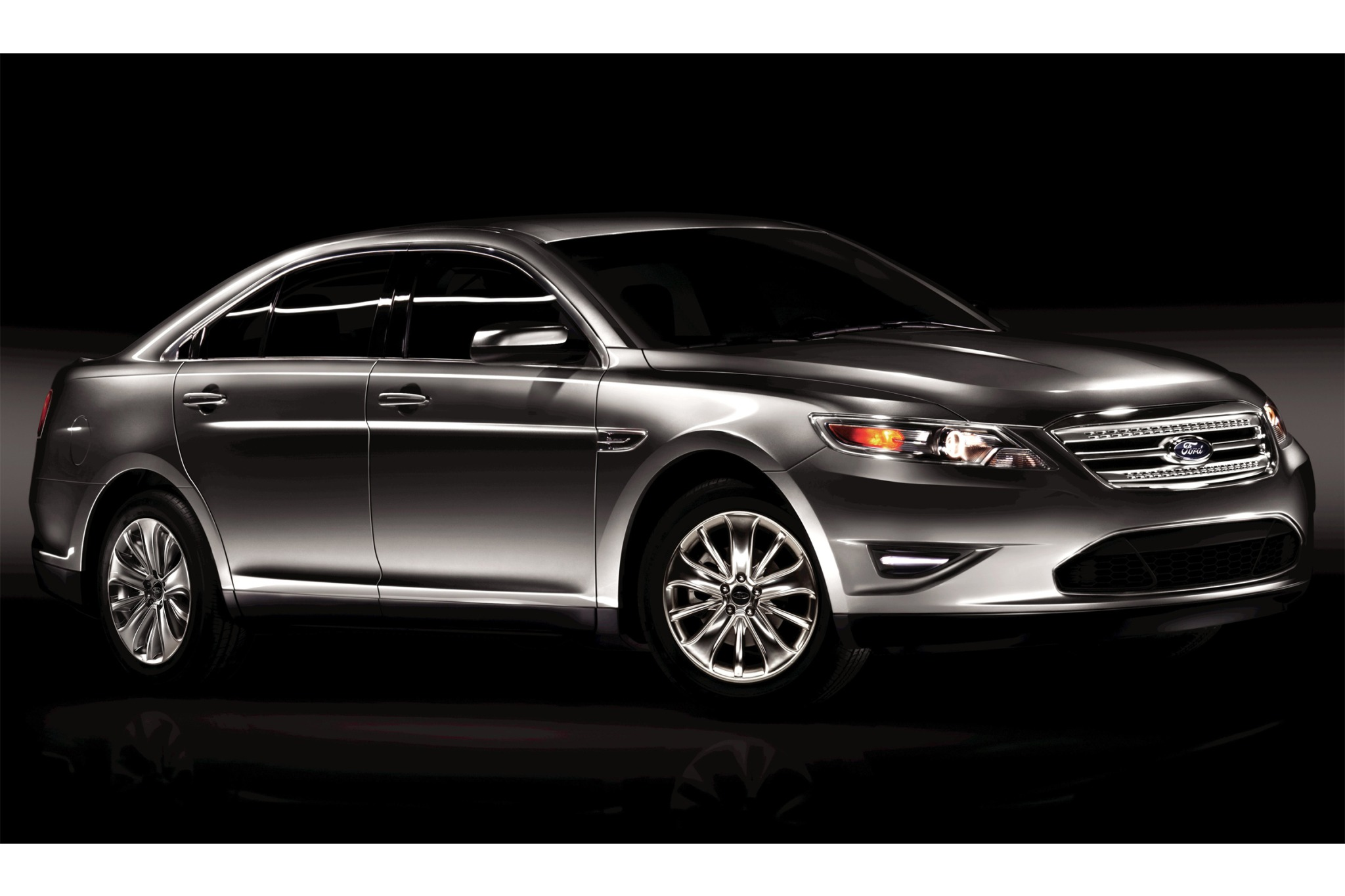 2010 Ford Taurus Limited  exterior #2