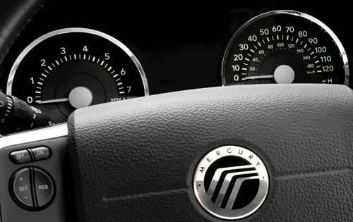 2010 Mercury Mountaineer  interior #5
