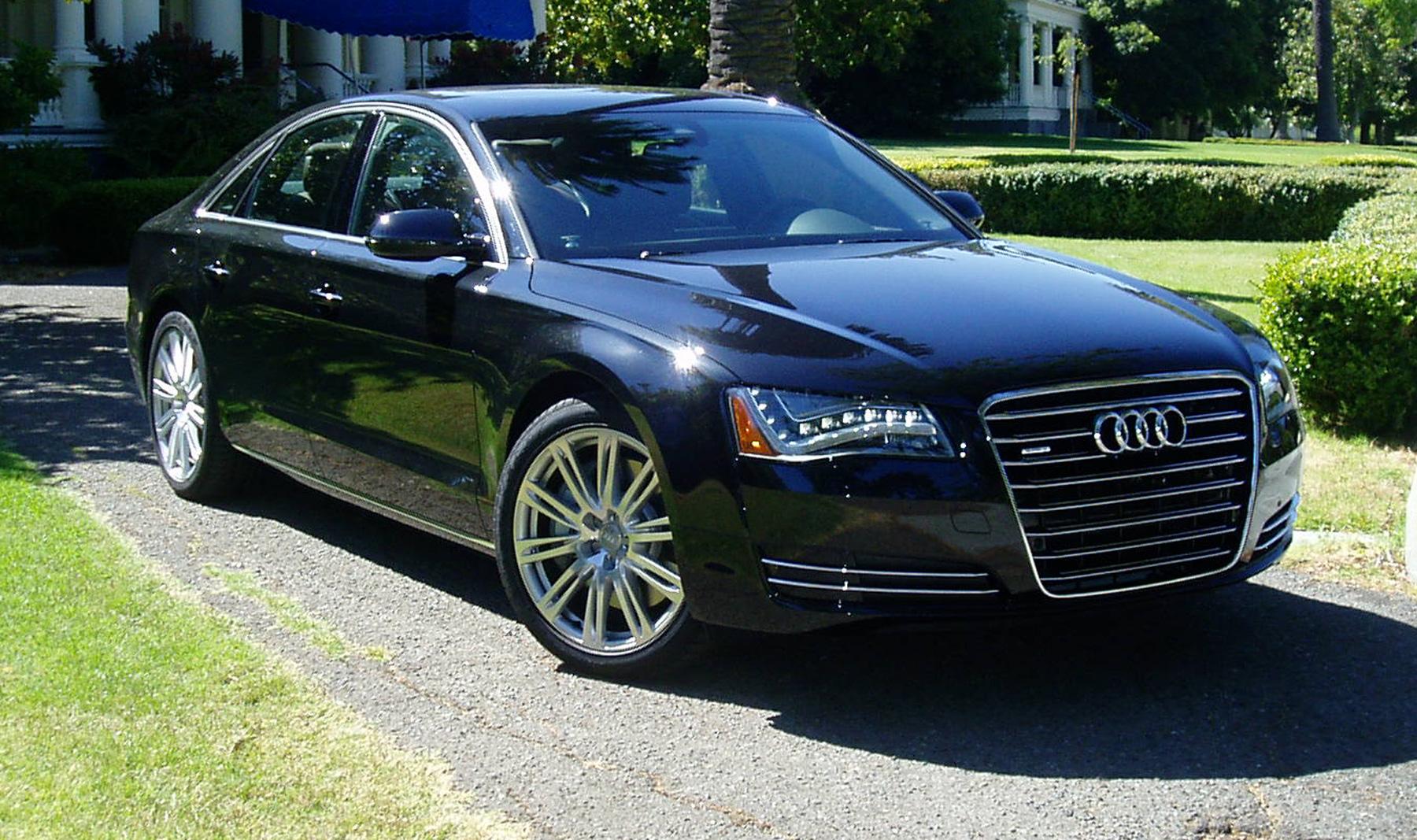 2011 Audi A8 Image 16