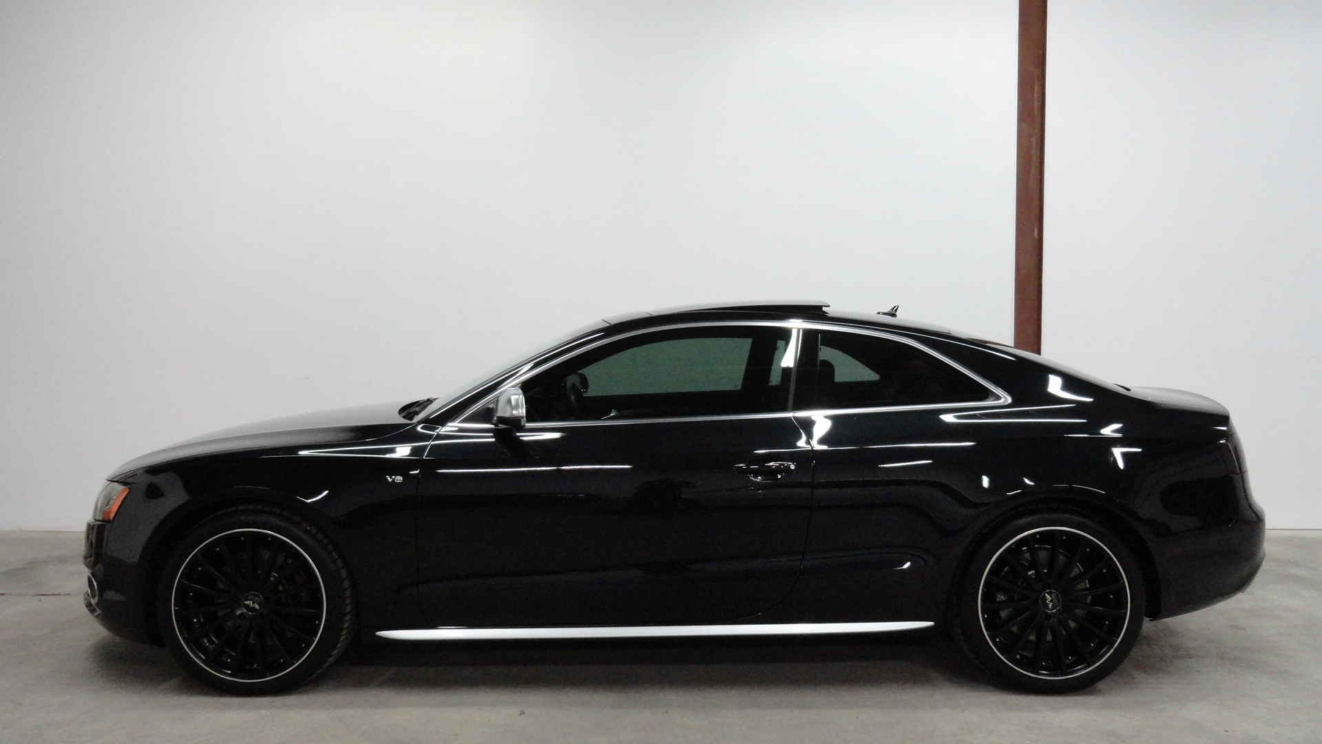 2011 Audi S5 Image 16