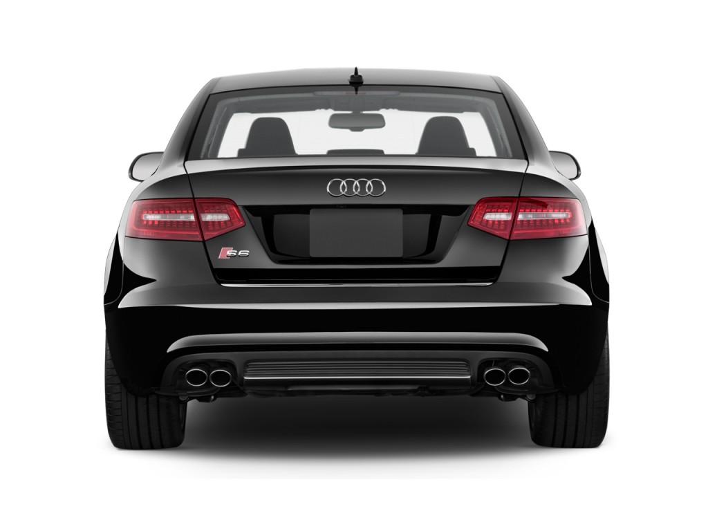 2011 Audi S6 Image 14