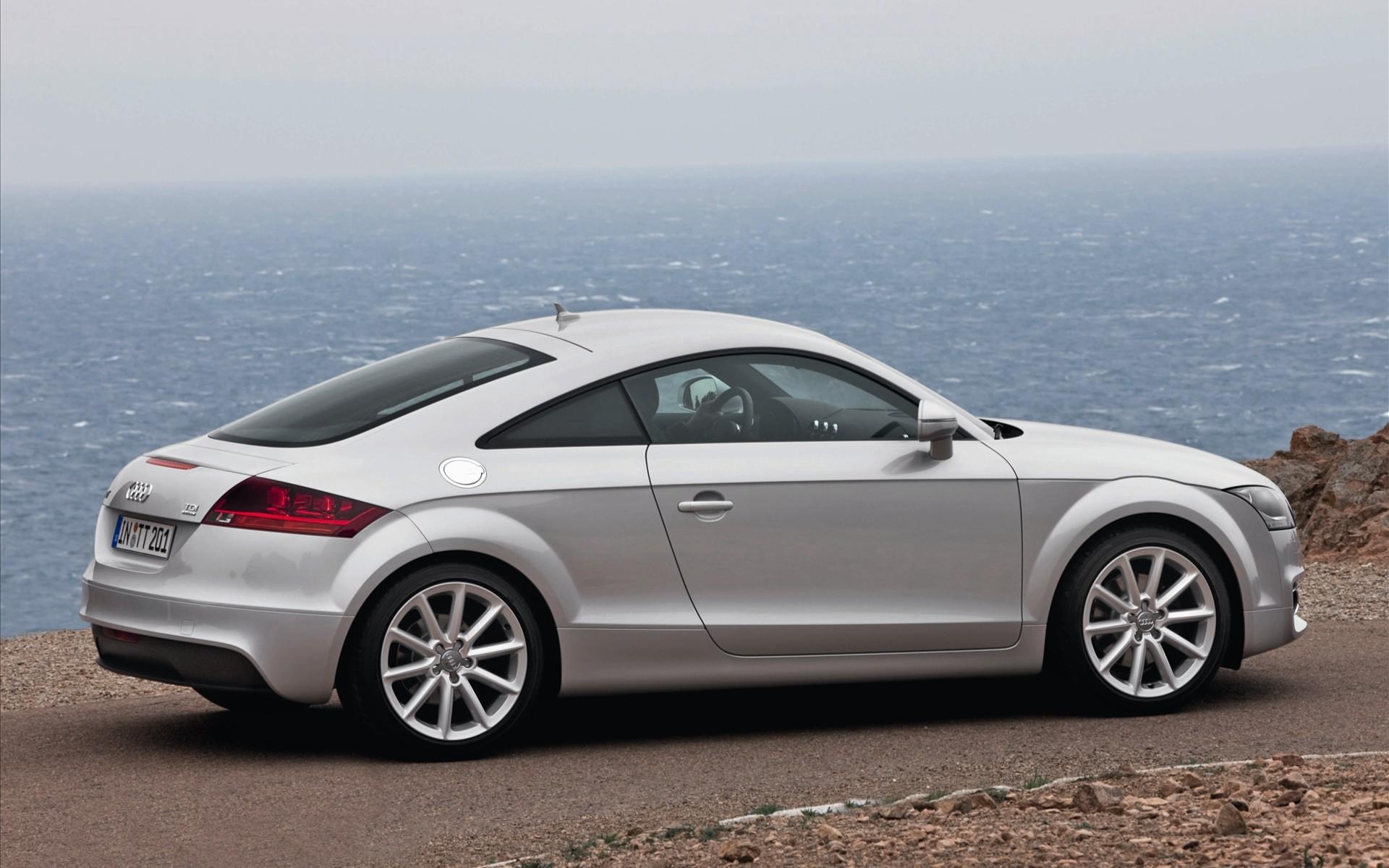 2011 Audi Tts Image 15
