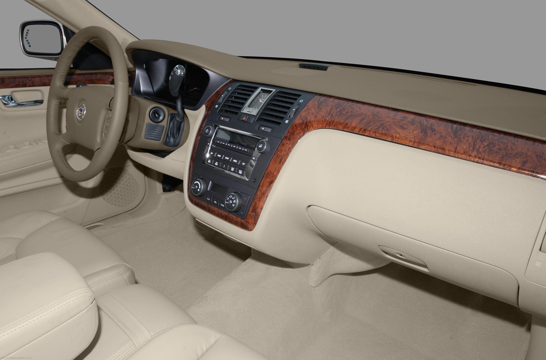 cadillac autoevolution dts cars specs