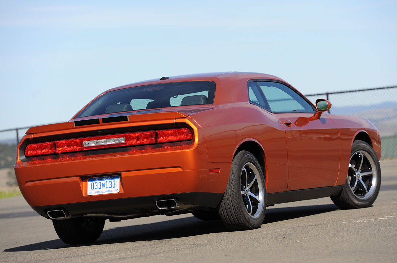 2011 Dodge Challenger - Information and photos - ZombieDrive