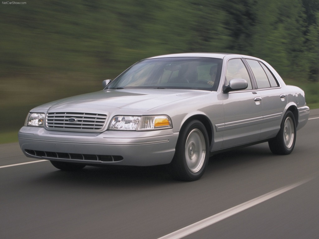 Ford Crown Victoria #16