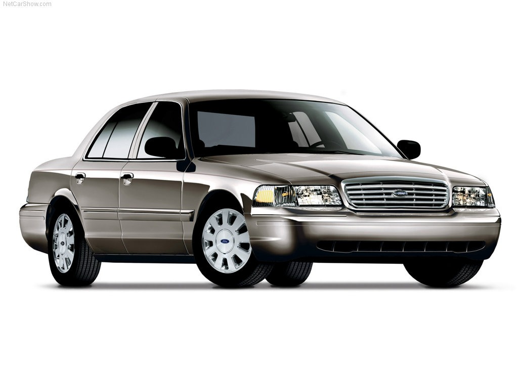 Ford Crown Victoria #10