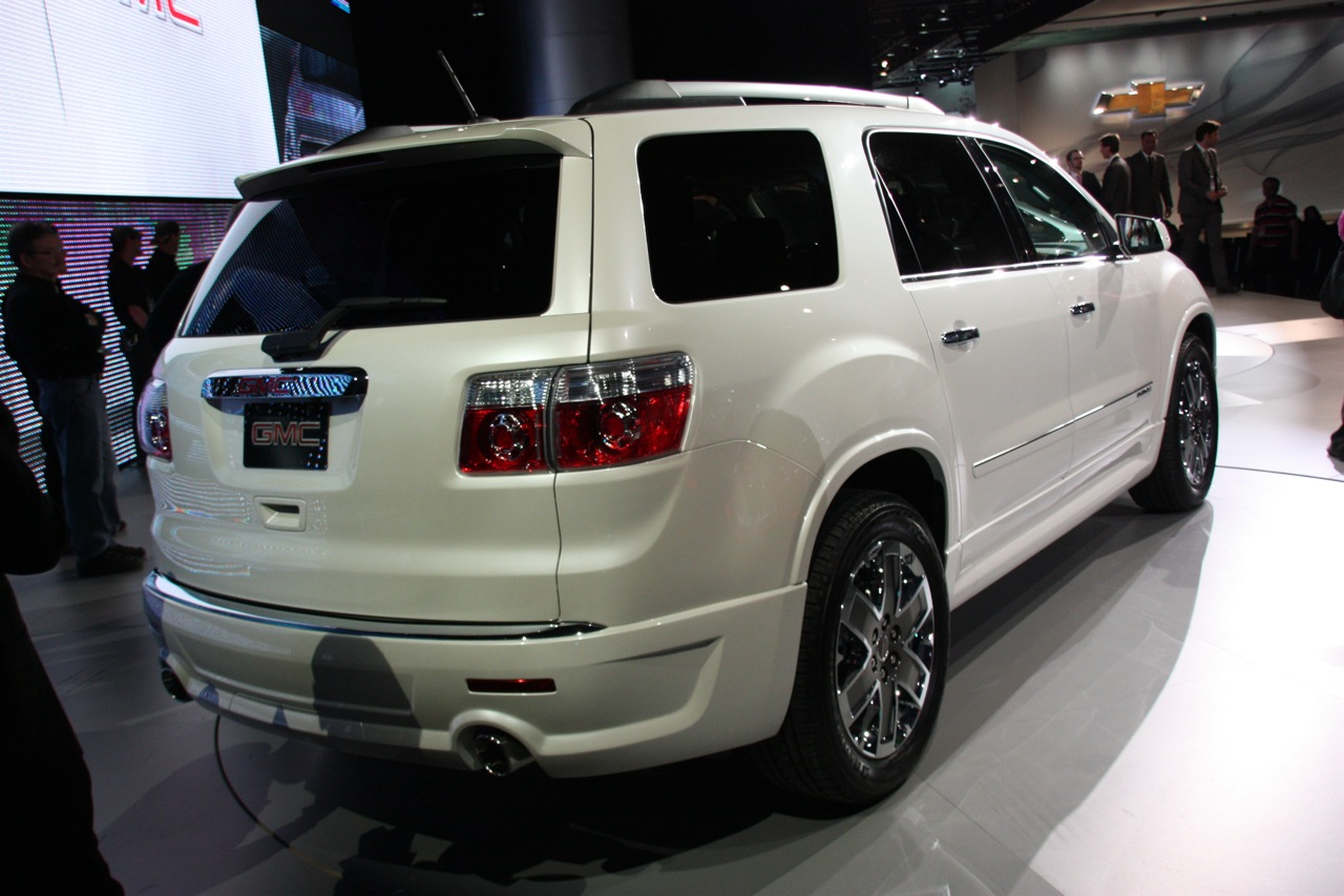 2011 gmc acadia information and photos zombiedrive. Black Bedroom Furniture Sets. Home Design Ideas