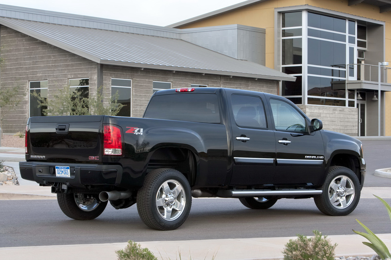 2011 gmc sierra 2500hd values nadaguides autos post. Black Bedroom Furniture Sets. Home Design Ideas
