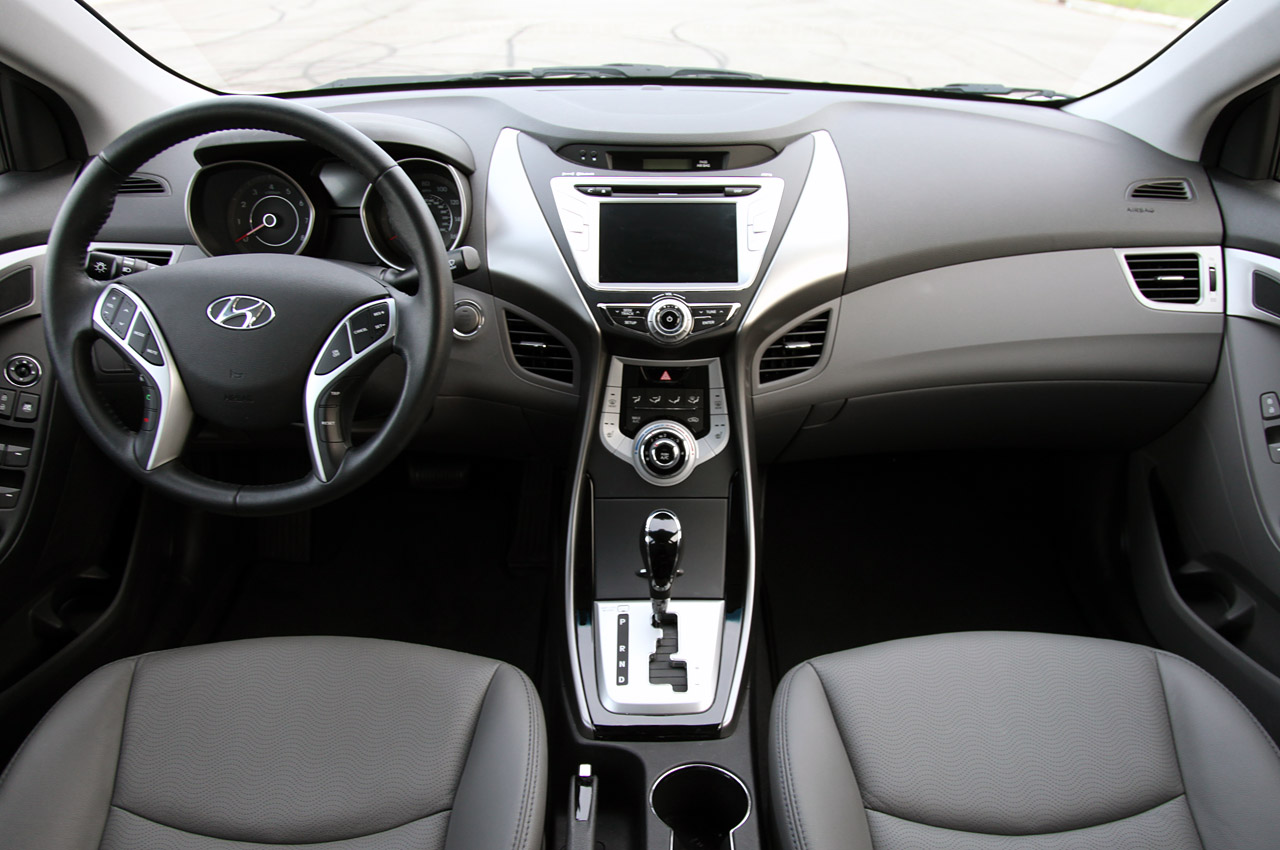 2011 Hyundai Elantra Information And Photos Zombiedrive