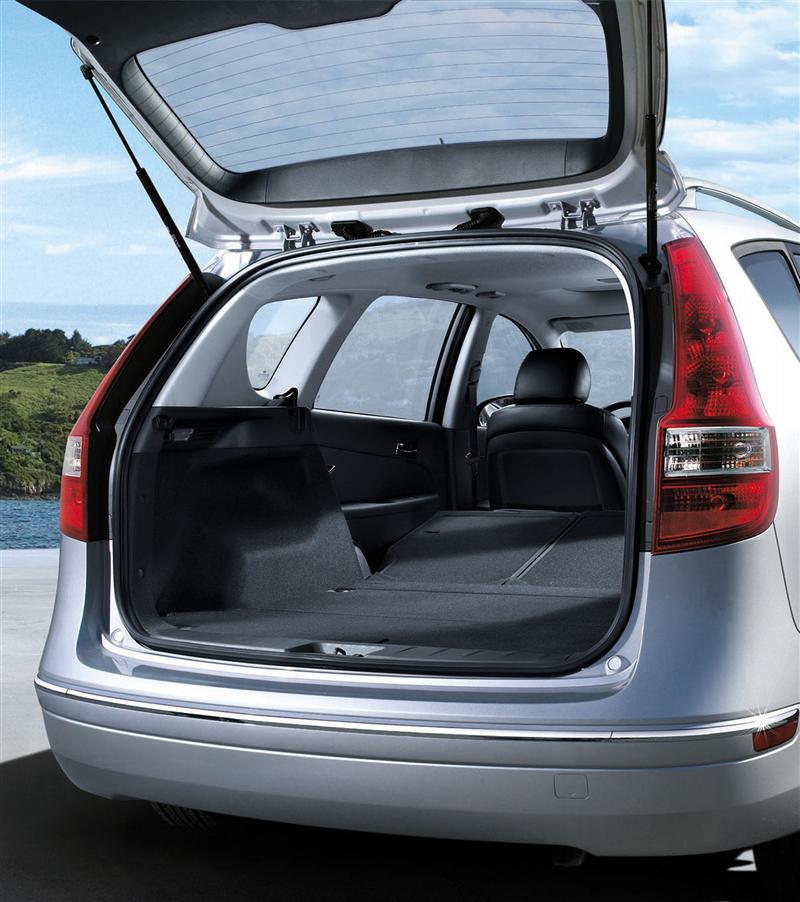 2011 Hyundai Elantra Touring Image 14