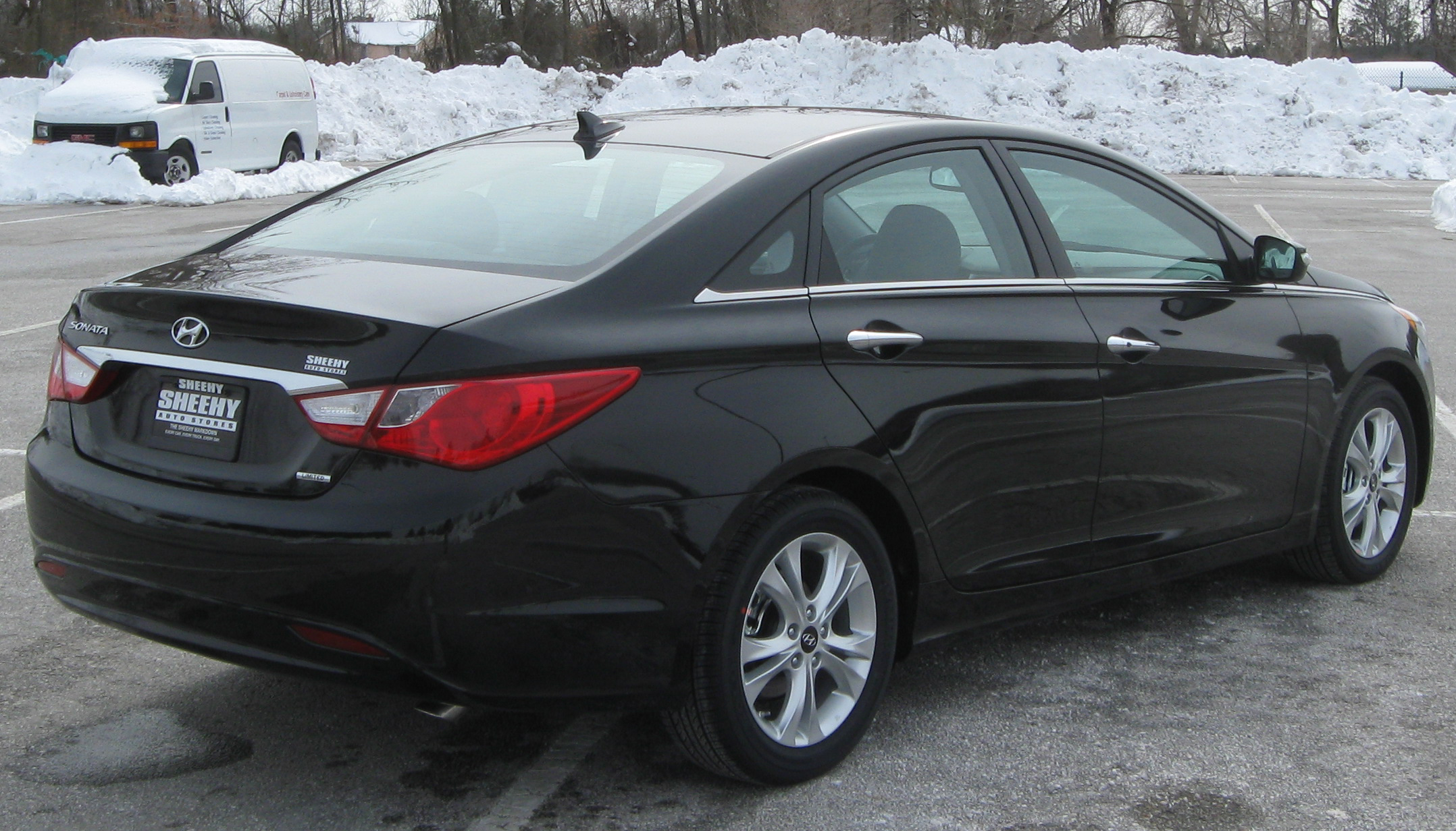 2011 Hyundai Sonata - Information and photos - ZombieDrive