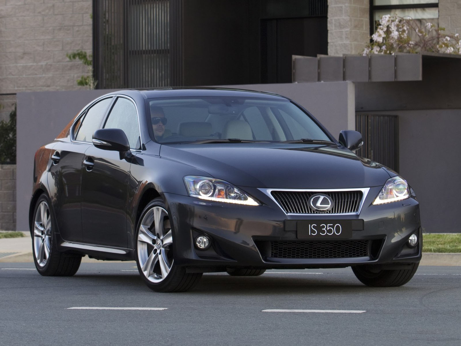 2011 LEXUS IS 350   Image #15