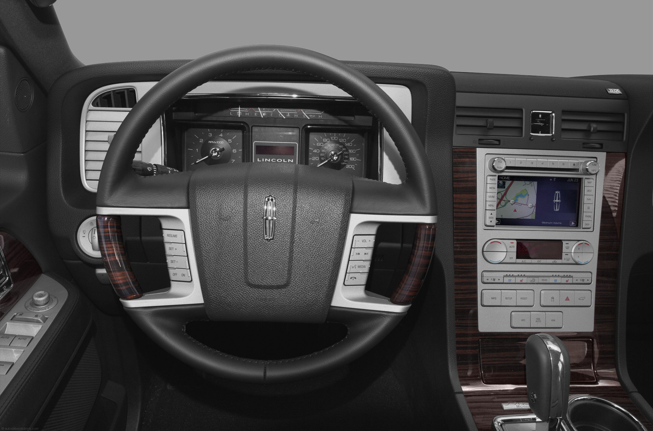 images l pictures exterior com lincoln oemfrontcompartmentview navigator and including interior autobytel