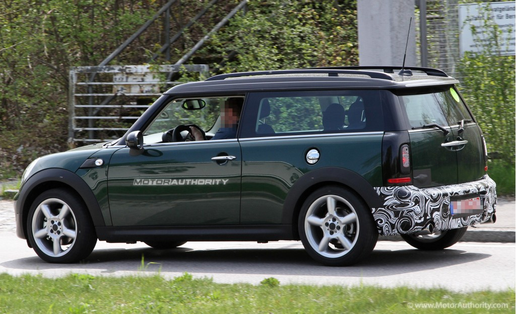 2011 Mini Cooper Clubman Information And Photos Zombiedrive